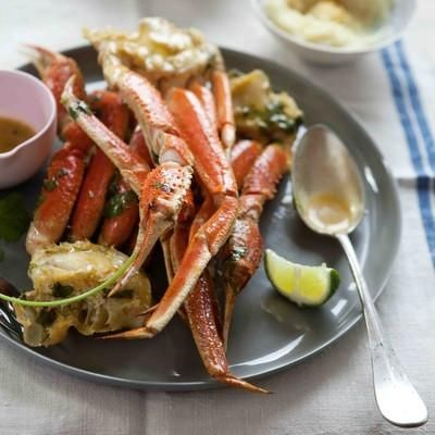 Do you like crab? Then you should try this recipe for Lime Chipotle-Roasted Alaskan Snow Crab! It is absolutely delicious!