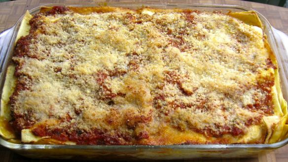 Lasagna, Mom and Kitchens on Pinterest