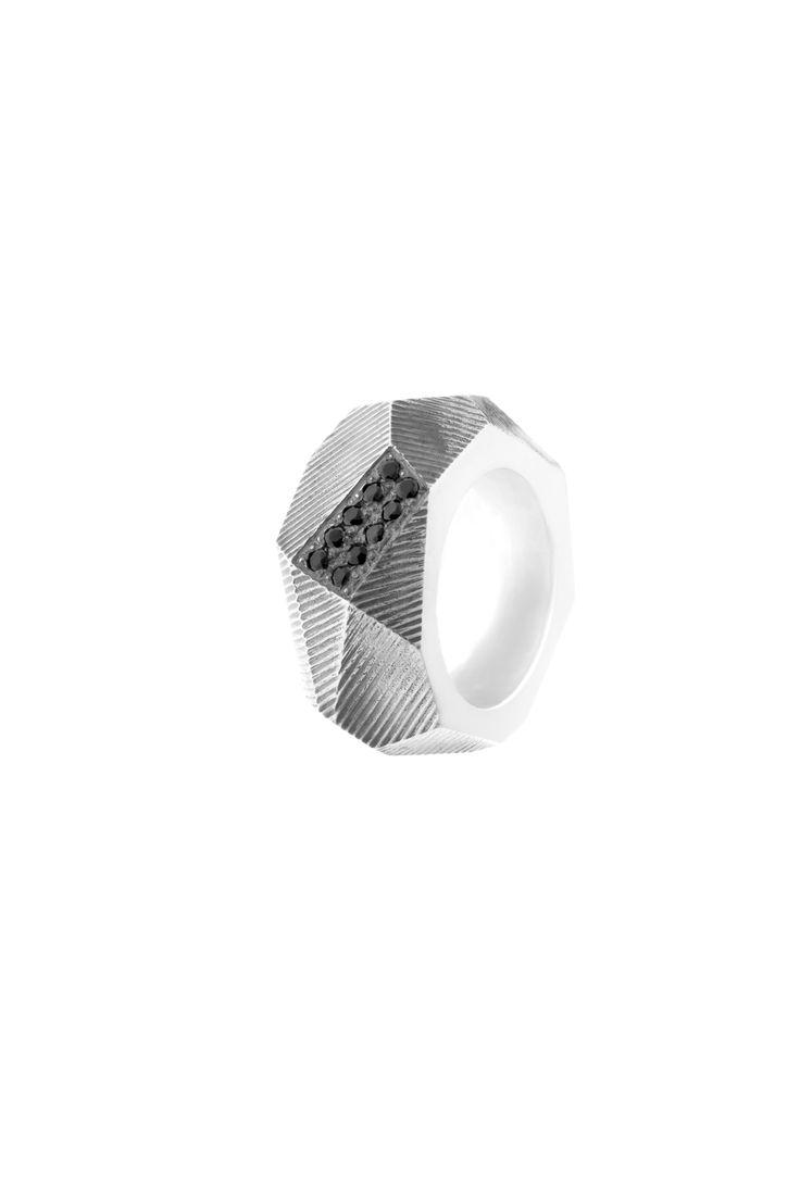 Ring:silver,zirconia www.gaalgyongyver.hu