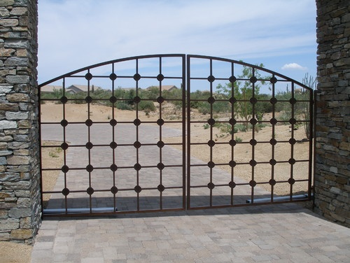 16 best images about driveway gates on pinterest entry for Best driveway gates