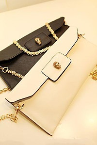 Is praise a super chain packages suitable for summer envelope baodan shoulder bag fashion hand bag retro style skull elements strongly eye-catching Fan Er for a stylish simplicity is very practical Joker suit summer starting with a worthy
