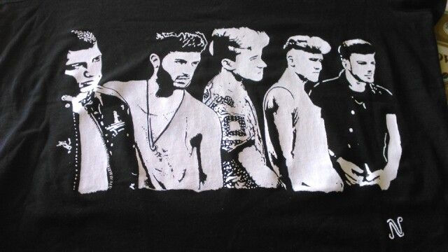Camiseta para mi fan de Auryn,pintada a mano