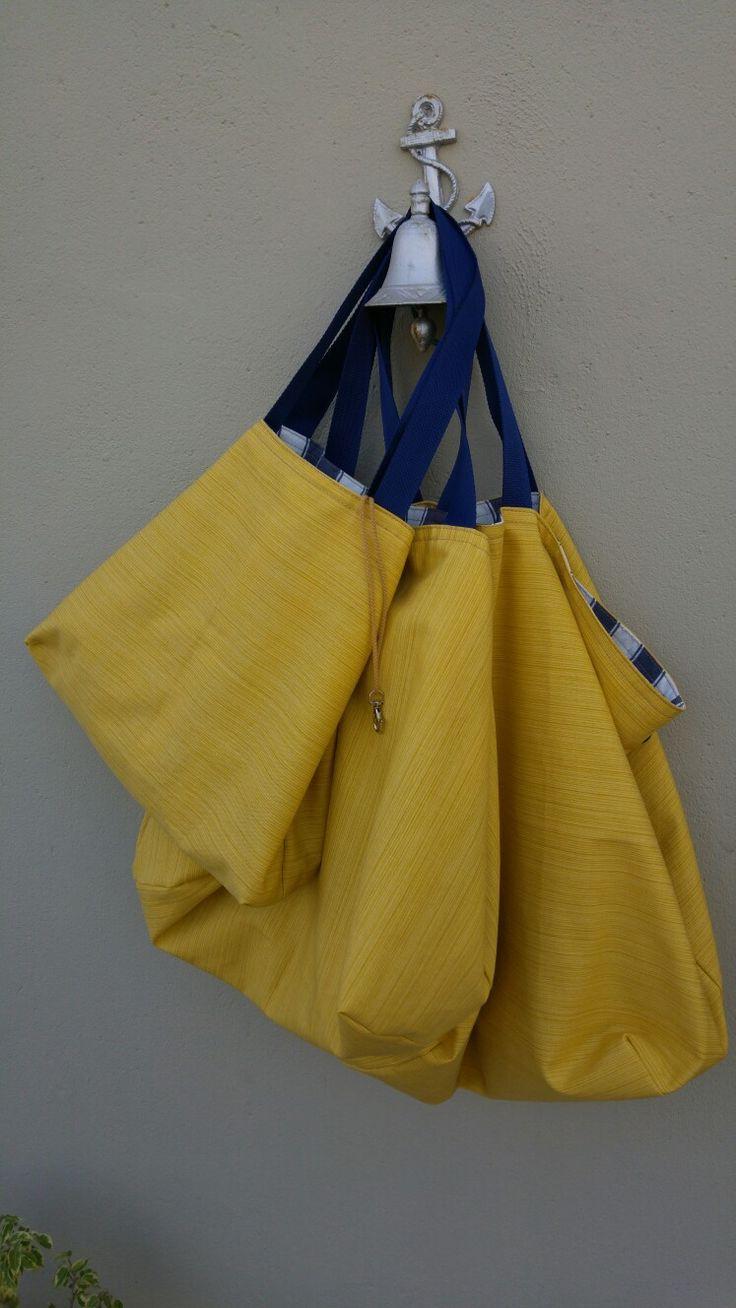 Amarillo canario