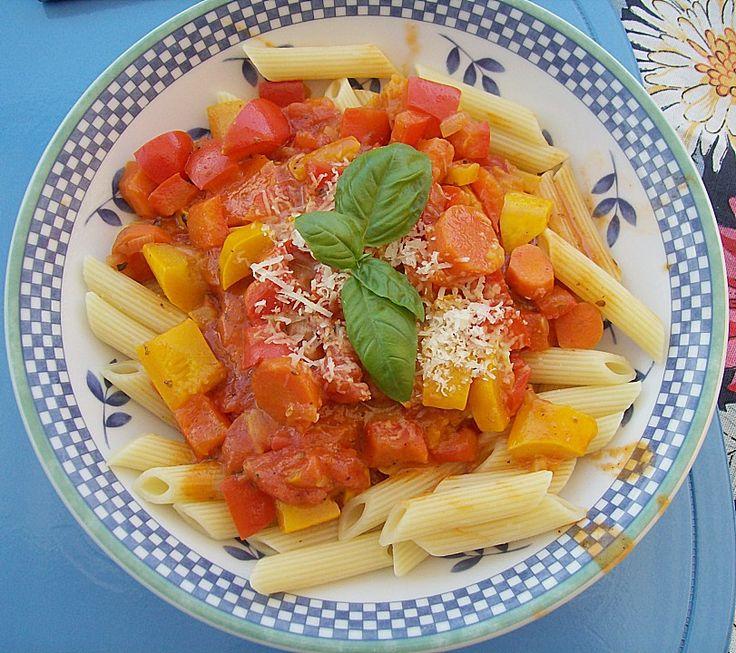 Nudeln mit Gemüse in Frischkäse - Sauce