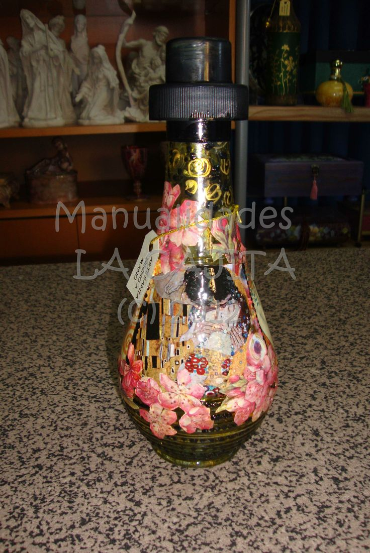 Botella de cristal decorada con esmaltes decoupage y pintura de relieve botellas y frascas - Botellas de cristal decoradas ...