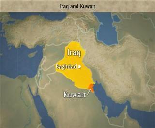 aanleiding golfoorlog  Op 2 augustus in het jaar 1990 bezette Irak het buurland Koeweit, omdat Irak dacht dat de oliepolitiek van Koeweit slecht zou zijn voor de Irakese economie. Koeweit had namelijk een erg hoge olieproductie, waardoor de aardolieprijzen onder hoge druk stonden. Ook beschuldigde Irak Koeweit ervan, dat het al jarenlang olie stal uit het Roemajla-olieveld aan de grens tussen de beide landen. Deze bezetting resulteerde in de Golfcrisis.