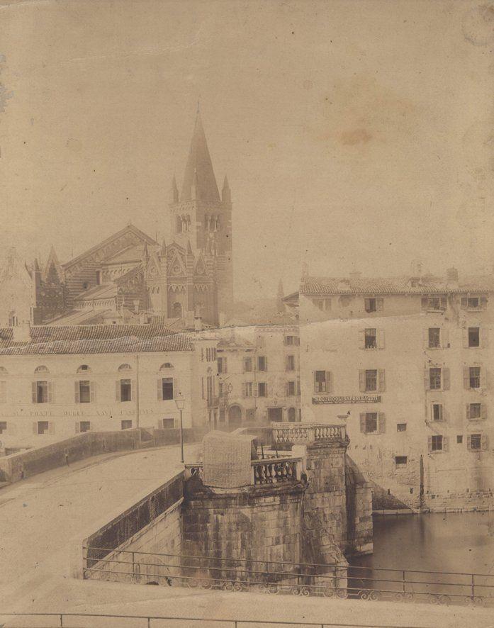 Verona - Chiesa di S.Fermo e il ponte delle Navi in un immagine prima della grande inondazione del 1882.