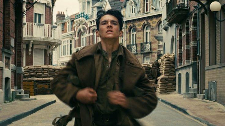 """Câţi dintre cei care merg la Dunkerque pentru băi de soare sau o plimbare cu iahtul se gândesc că aici, cândva, sute de mii de soldaţi s-au zbătut într-o capcană a morţii?Este unul dintre gândurile care ţi-ar putea veni în minte după ce vezi filmul """"Dunkirk"""", regizat de Christopher Nolan. Sentimentul de participare directă a …"""