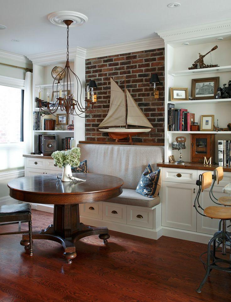 Que tal usar uma miniatura de veleiro como destaque na decoração? ⛵