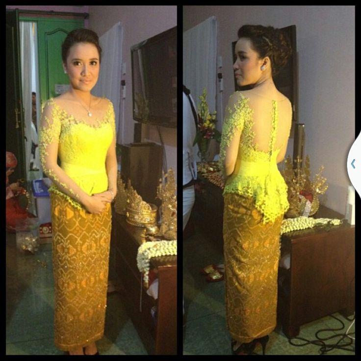 kebaya by saptodjojokartiko #indonesianfashion #kebaya