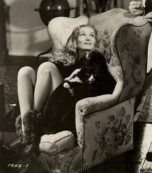 susiesnapshot:  Veronica Lake, I Married A Witch 1942