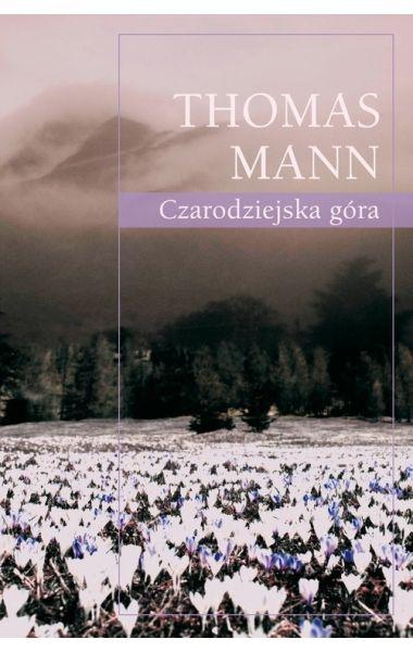 """Dwudziestotrzyletni Hans Castorp jedzie do Szwajcarii, by odwiedzić kuzyna, który przebywa na leczeniu w sanatorium """"Berghof"""", położonym wysoko w górach.  Powieść zakrojona pierwotnie na krótkie opowiadanie, po dwunastu latach pracy i przemyśleń autora, stała się jednym z najważniejszych głosów na temat kondycji moralnej i intelektualnej Europy XX wieku."""