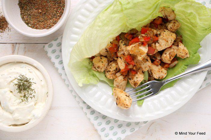Vrijdag is de ideale snack avond! Tijd voor een makkelijke maaltijd, wat dacht je van deze kip gyros met tzatziki? Comfort food to the max!