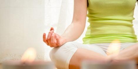 Yoga gegen Heuschnupfen