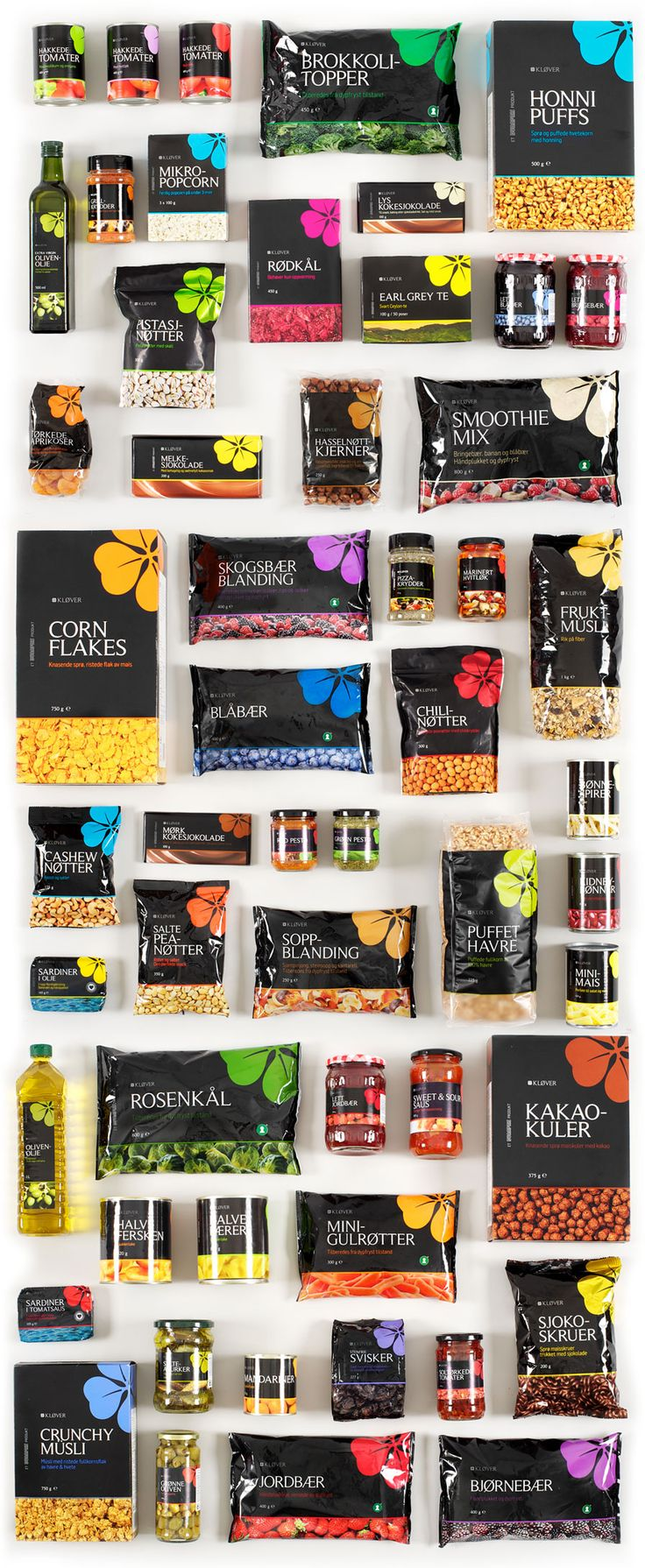Even though they offer a variety of goods, Bunnpris's branding and packaging carries throughout all goods creating a real sense of consistency. #Branding #Packaging