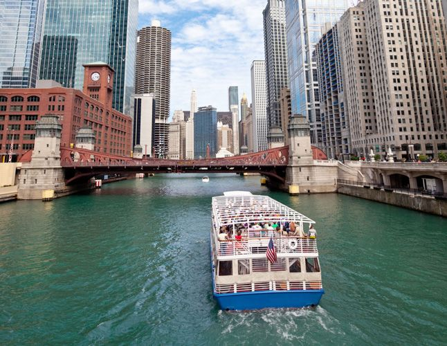 Where To Go In Chicago - architecture boat tour