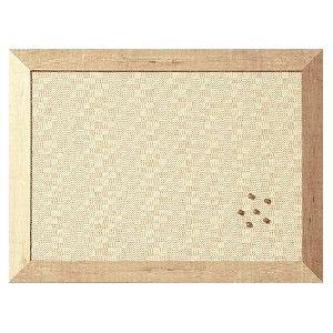Tablero de corcho Kamashi elegante y sofisticado con marco ancho que aporta robustez y elegancia.  Color: Beige   Medidas: 60 x 90 cm. El Compas online