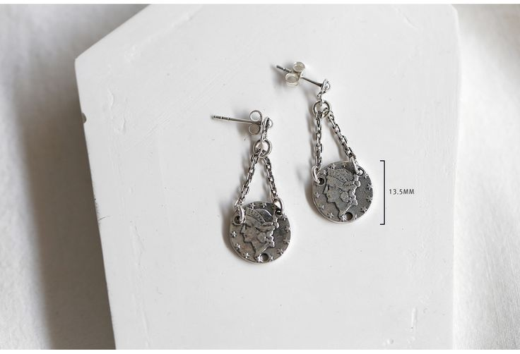silver earrings.  material : sterling silver (silver 925)