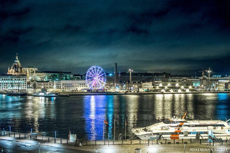 Beautiful Helsinki by night.