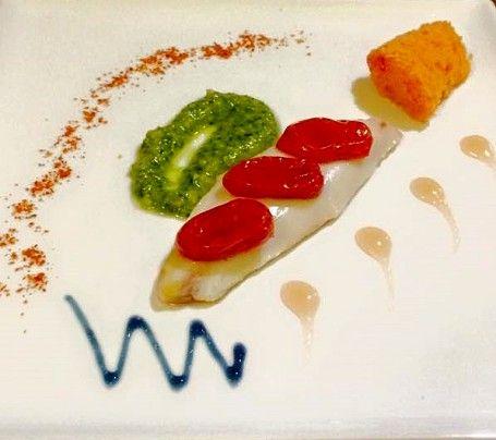"""Mirko Pedroni - Ristorante """"Da Mirko"""" a Marina di Cecina (LI): Filetto di scorfano cotto a bassa temperatura con acqua di pomodoro"""