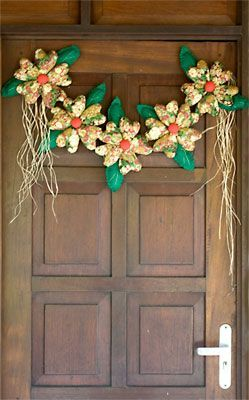 Enfeite de natal com flores de tecido recheadas, passo a passo