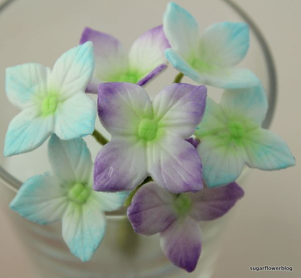 How to make a hydrangea from fondant / gum paste