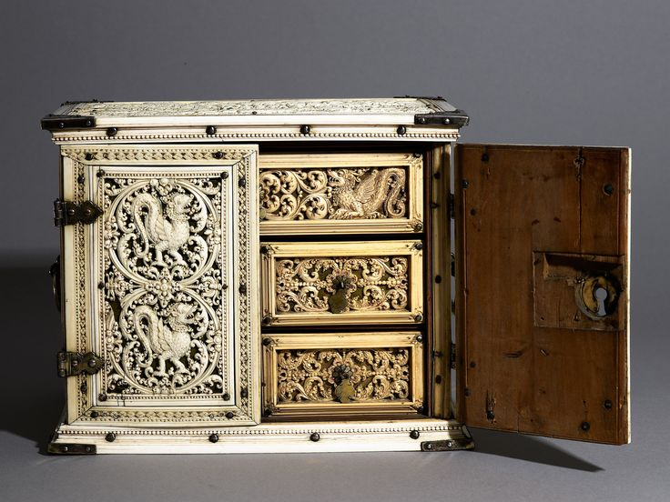 Cabinet (with an elephant hunt and the island of Matara), c. 1660-1670. Wood, tortoiseshell, overlaid with carved ivory. The Ashmolean Museum, Oxford. Purchased with the assistance of the Friends of the Ashmolean Museum