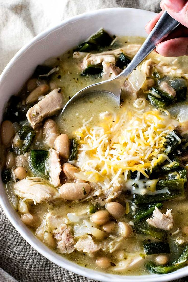 Boiled whole chicken, homemade chicken broth, tender chiles, and flavorful cannellini beans make this white chicken poblano chili an at-home favorite!