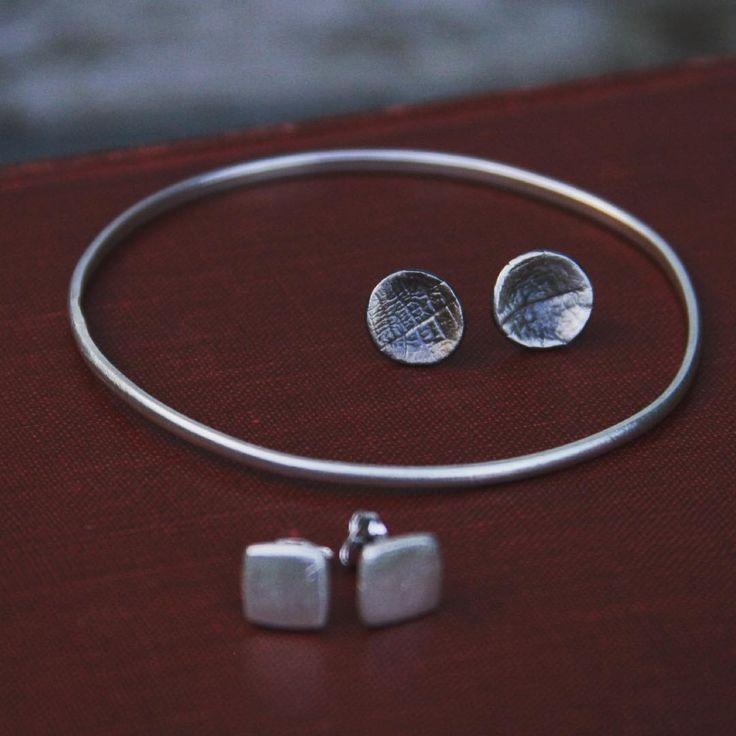 Simple silver studs our favourites. #handmadejewelry #silver #earrings #ElizabethGillard #oxidised #jewellery
