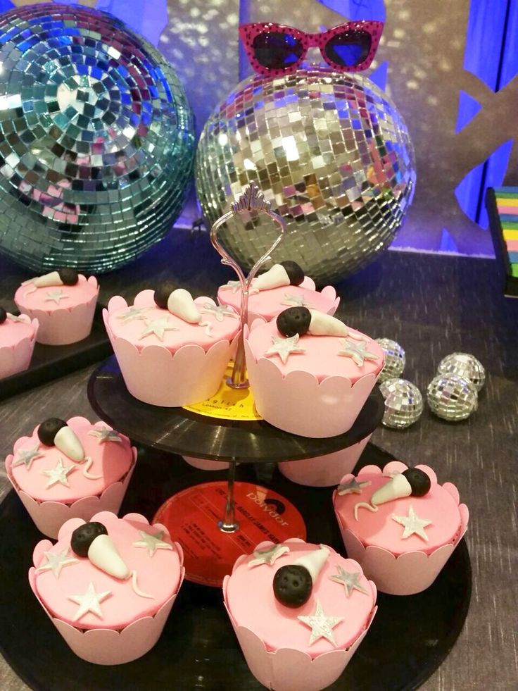 #disco #party #Cupcakes #dessert #table #inspiration #decoration #ideas