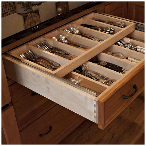 Best 25 kitchen cabinet accessories ideas on pinterest corner cabinet kitchen small Handleless kitchen drawers design