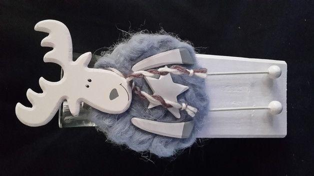 Lustige Advents - Deko - Holz-Stele (Säule) mit Woll-Elch in blau/Türkis mit Windlicht für Maxi-Teelichte   Holzsäule Größe insgesamt: ca. 30 cm  Holzsäule 10x10 cm  Verkauf wird hier nur der...