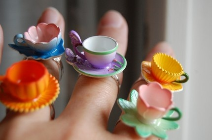 Love these teacup rings! Maybe add a little resin and some fun miniatures inside? So Alice in Wonderland!