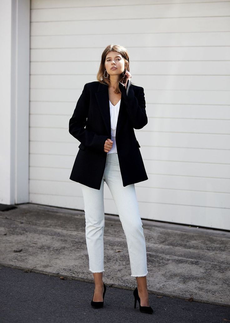 pop on a blazer to take your outift into night