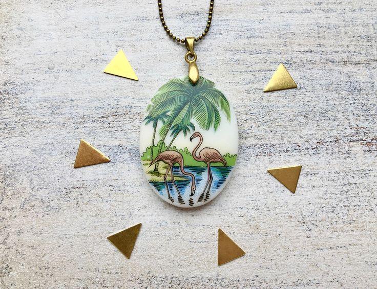 Ketten lang - Vintage Flamingo Porzellan Amulett Kette - ein Designerstück von MiMaMeise bei DaWanda