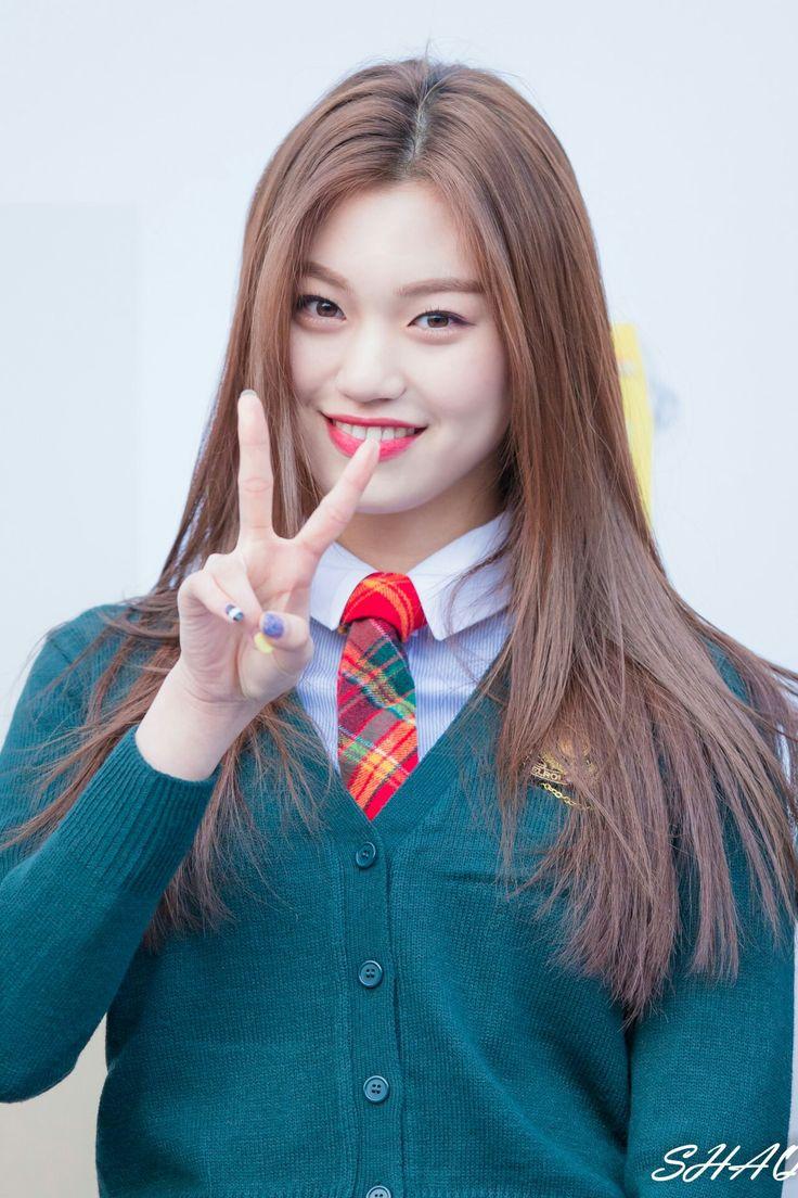 Pin på IOI - Kim Doyeon   WekiMeki