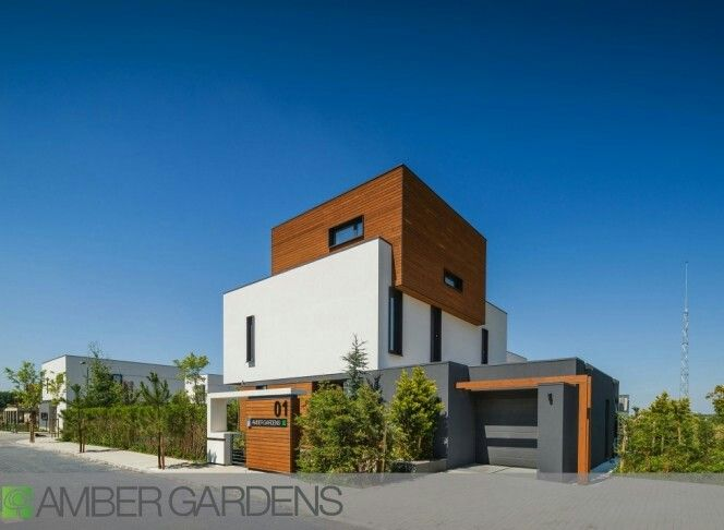 Amber, Gardens