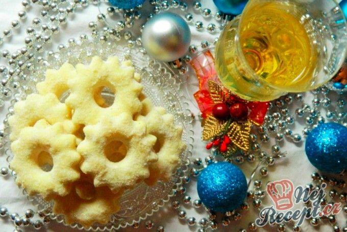 Vánoční vínové kytičky