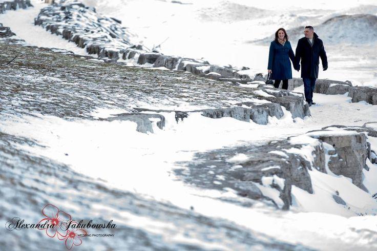 winter engagement session - www.ajphotographer.ca