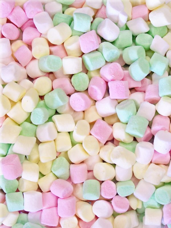 Pastel Candy Makeup Tutorial: Mini Colored Marshmallows