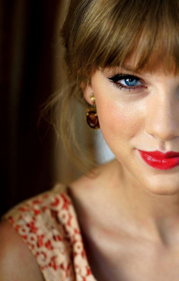 Taylor swift facial, free mature fisting gallaries