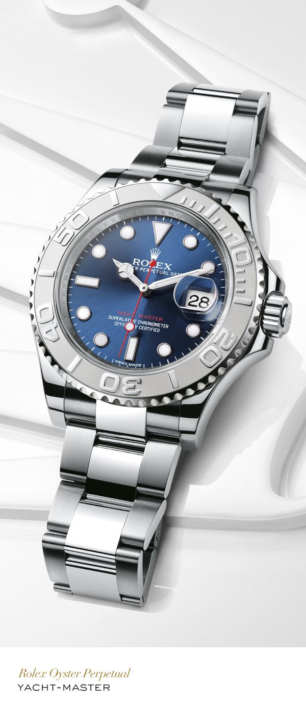 Rolex Yacht-Master 40 mm in 904L steel and platinum with a rotatable graduated bezel, blue dial and Oyster bracelet. #Yachting #RolexOfficial