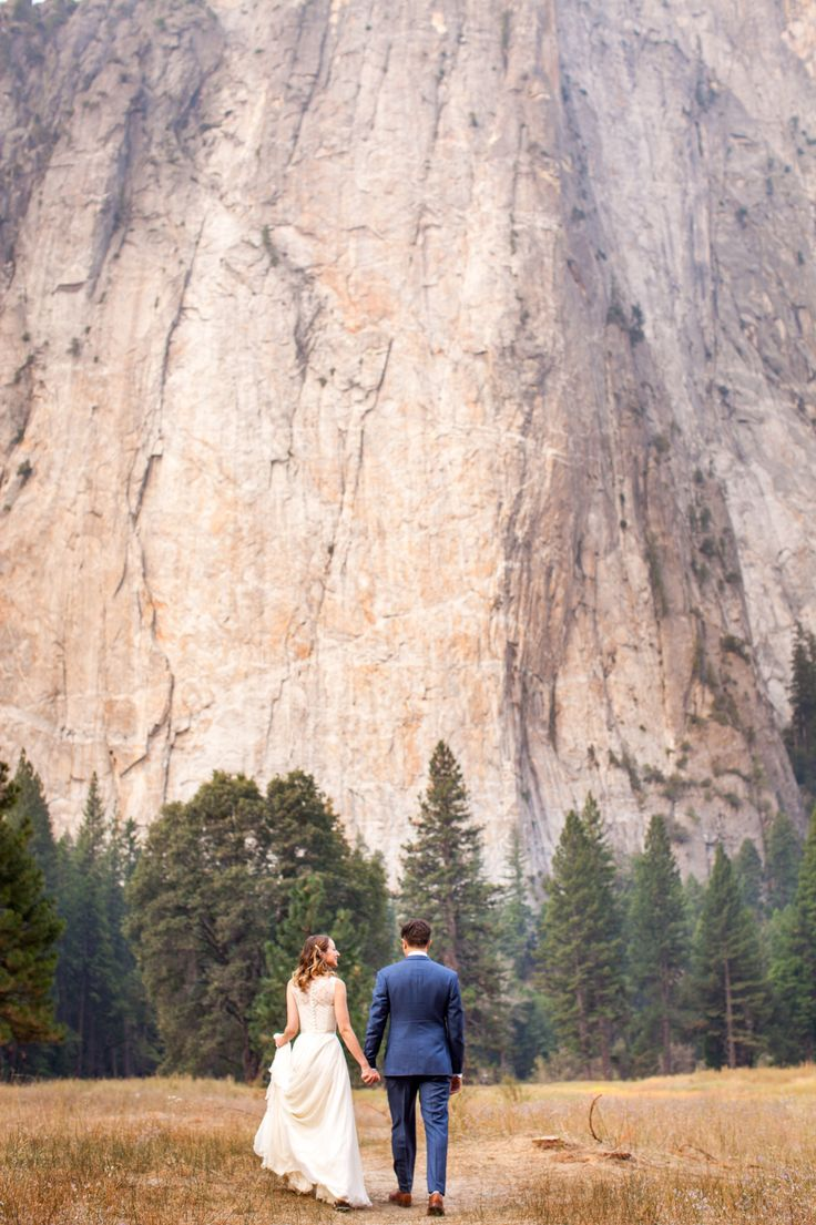 Yosemite Wedding | Ahwahnee Hotel | Fall Wedding | addyrosedesign.com | ryanalonzophotography.com #addyroseweddings #yosemitewedding