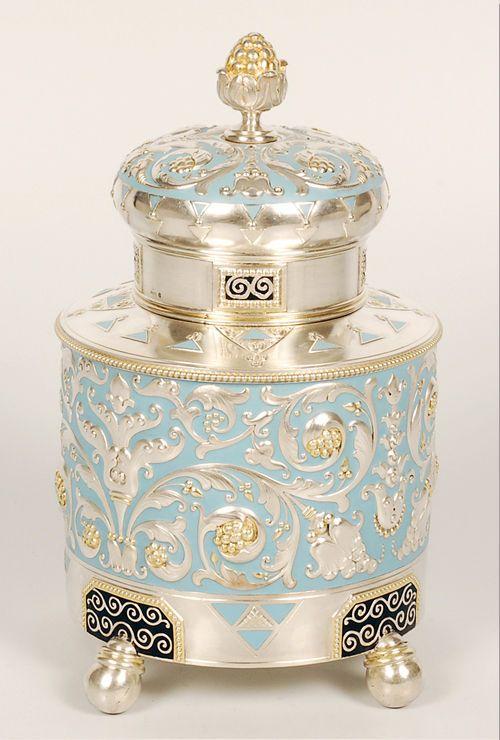 Fabergé silver, parcel-gilt, enamel tea caddy, Moscow, 1908-1917