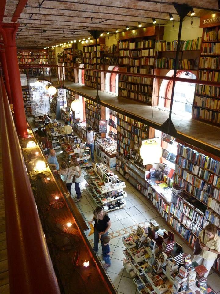 """Librería """"Puro Verso"""" Montevideo, Uruguay"""
