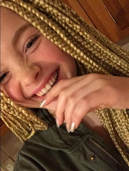 12-Year-Old White Girl Gets Harshly Criticized for Showing Off Her Blonde Box Braids on Social Media [Photos]
