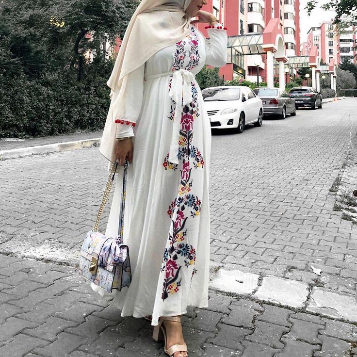 @hijabisglam Anzeige* Kleid @esteemabaya perfekt für Eid und heiße Tage, rettet mich gerade in der Hitze von #istanbul