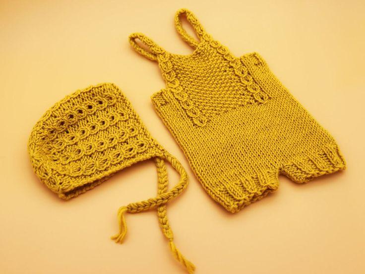 Newborn knit overalls | Newborn knit bonnet | Newborn knit set | Gold knit photo props | Handmade set by 288colors on Etsy