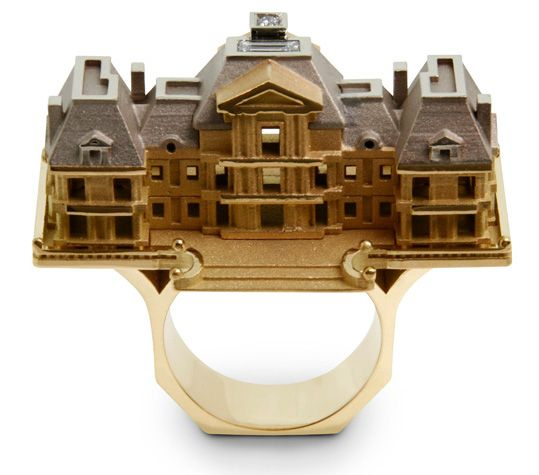 French jeweler Philippe Tournaire has created Villa de Reve (Dream House) collection of rings