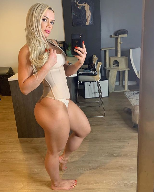 Thighs women with nice 32 of